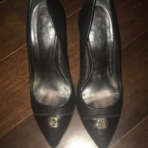 Tory Burch black two tone pointed heels
